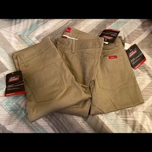 Dickies khakis pants